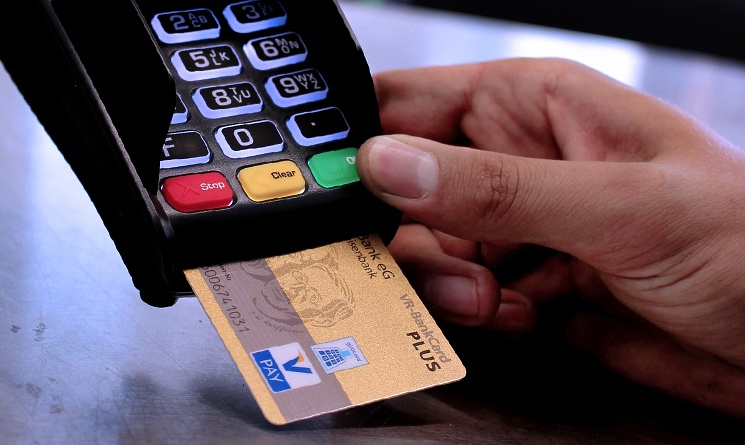 3 Advantages of Using Credit Card Chip Readers